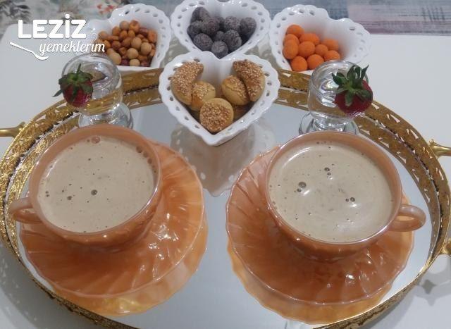 Bol Köpüklü Sütlü Türk Kahvesi Tarifi
