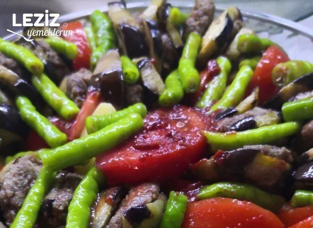 En Güzel Köfteli Patlıcan Kebabı Tarifi