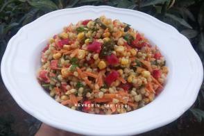 Zeytinyağlı Buğday Salatası