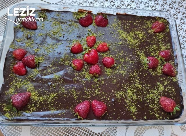 Kedidilli  Çikolatalı Pasta (Çok Lezzetli)