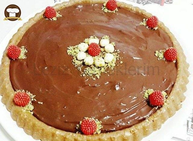 Fındıklı Çikolatalı Tart Pasta