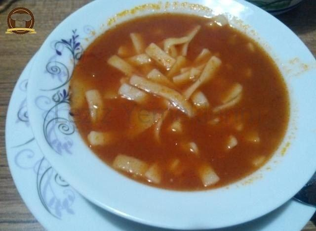Patatesli Erişte Çorbası