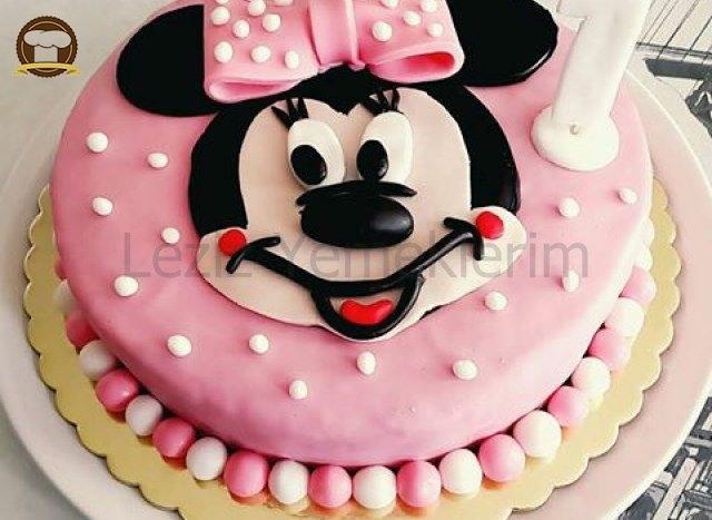 Minnie Mouse Pasta Yapımı