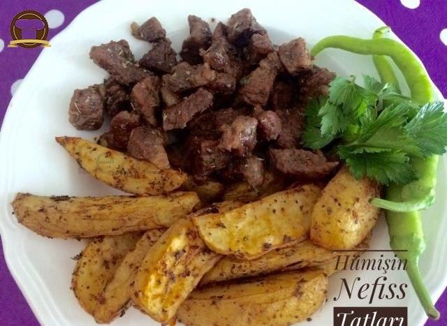 Baharatlı Elma Dilimi Patates Ve Et Kavurma