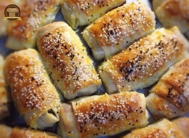 Puf Puf Kıymalı Rulo Börek