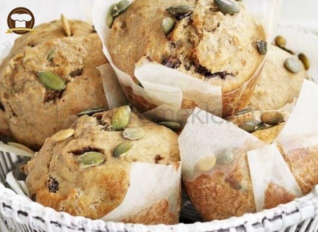 Kahvaltılık Kuruyemişli Çörekler