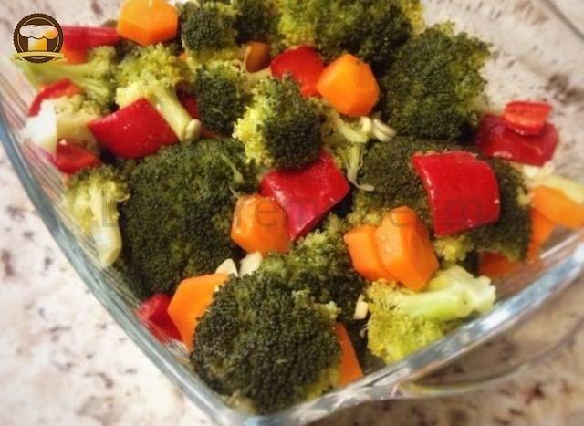 Brokoli Salatası (Düdüklü Tencerede)
