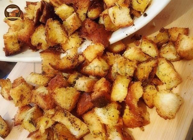 Kruton  ( Kıtır Ekmek)