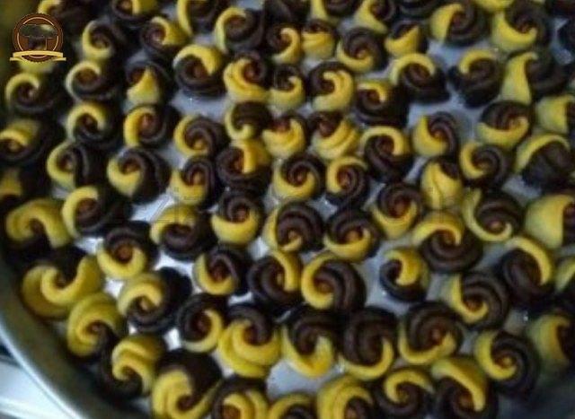 Fındıklı Kakaolu Gül Tatlısı