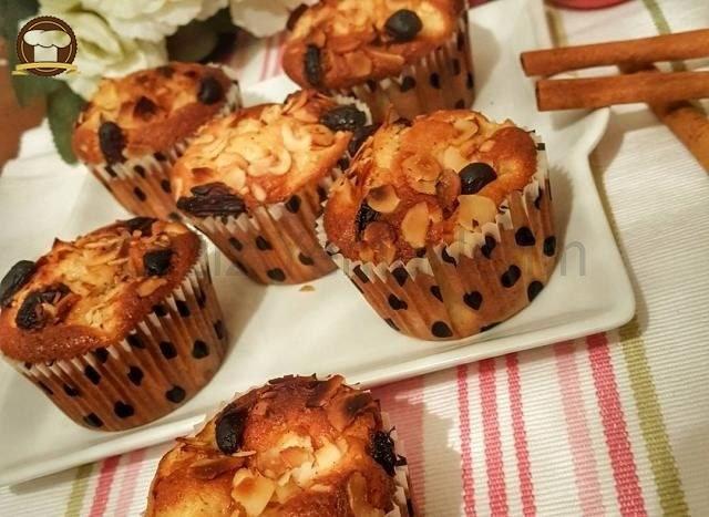 Elmalı Kuruyemişli Muffin