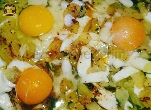 Patatesli Omlet Nasıl Yapılır