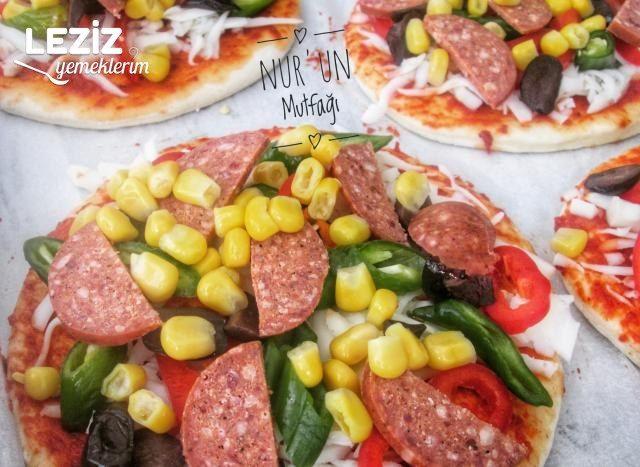 Ev Yapımı Pizza Nasıl Yapılır