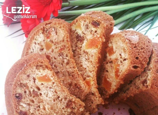 Tarçınlı Kuru Meyveli Kek