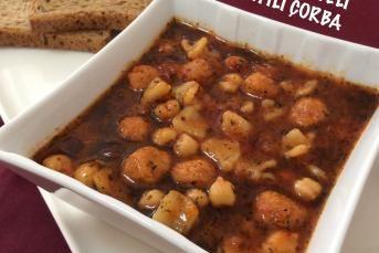 Bulgur Köfteli Mantılı Çorba