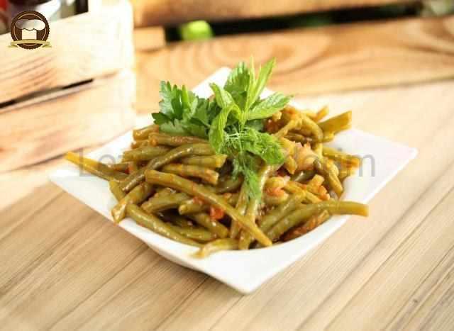 Zeytinyağlı Patlıcanlı Börülce