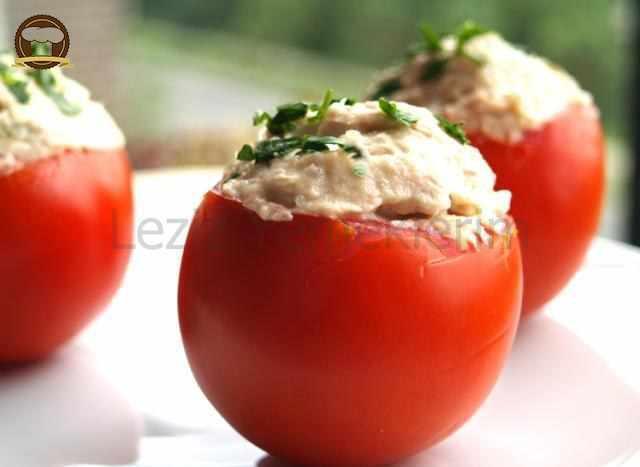 Köz Patlıcanlı Domates Dolması