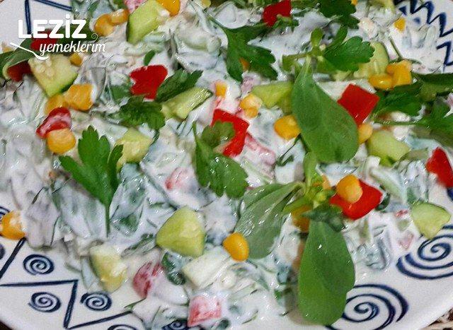 Yoğurtlu Semizotu Salatası Yapımı