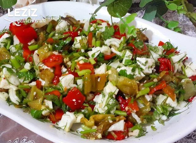 Peynirli Köz Biber Salatası