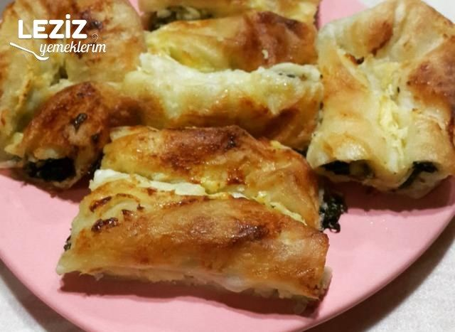 Ispanaklı Peynirli Börek