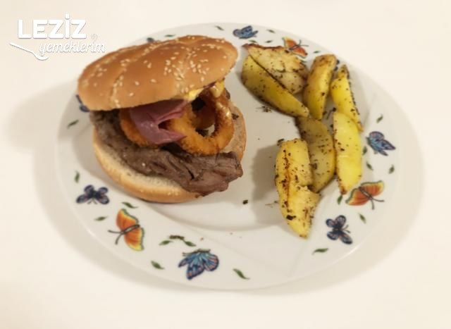 Soğan Halkalı Dana Bacon'lı Cheeseburger