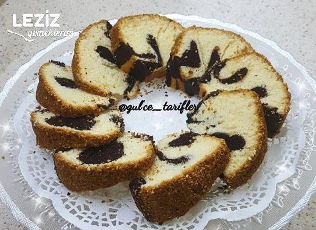 Susamlı Kakaolu Kek