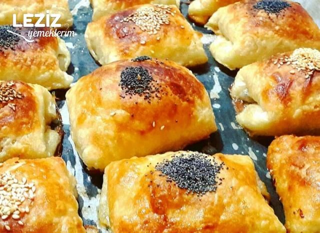 Çıtır Çıtır Milföy Tadında Sodalı Börek
