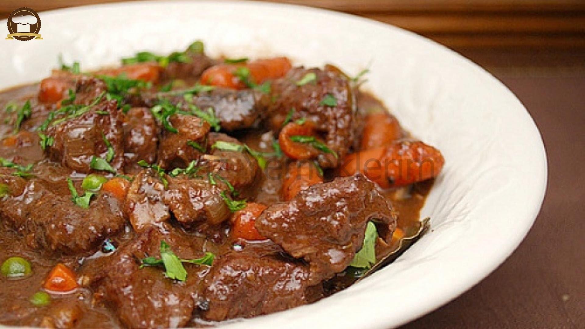 Гуляш из говядины с подливкой в мультиварке поларис рецепт с фото пошагово