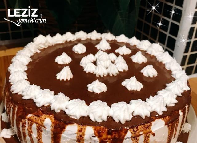 Çikolatalı Ve Frambuazlı Yaş Pasta