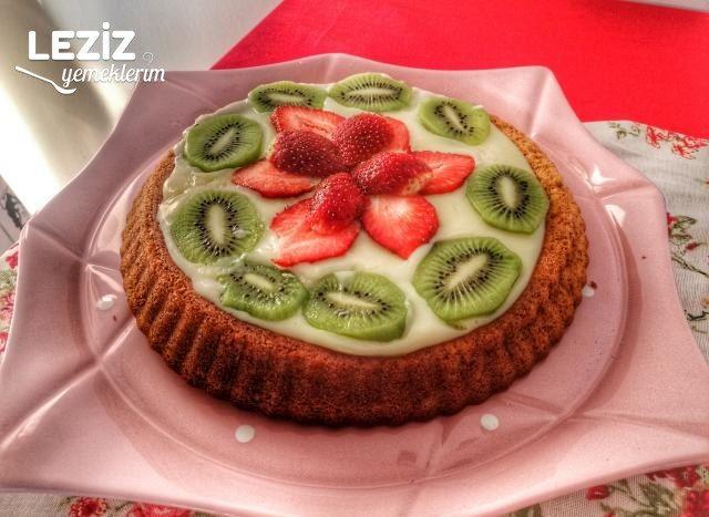 Tart Kalıbında Meyveli Pasta