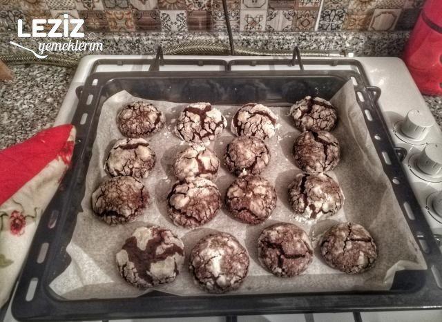 Kakaolu Çatlak Kurabiye (Püf Noktalarıyla)