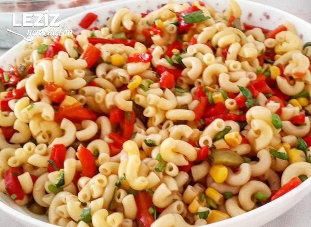 Az Malzemeli Çok Lezzetli  Makarna Salatası