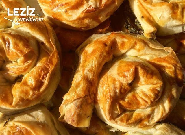 Ispanaklı Gül Böreği Nasıl Yapılır