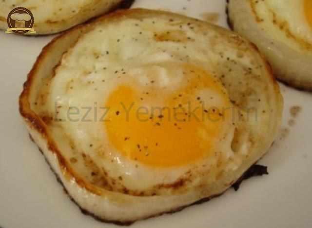 Soğan Halkasında Yumurta