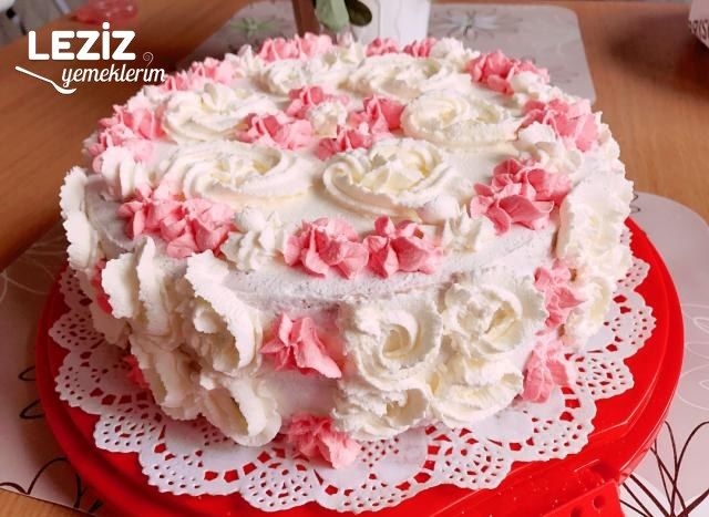 Muzlu Kremalı Yaş Pasta